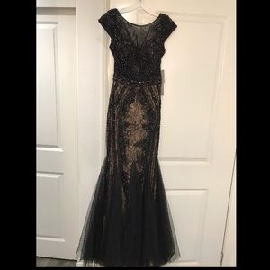 Dresses & Skirts - New Black and nude lace sequenced dress.