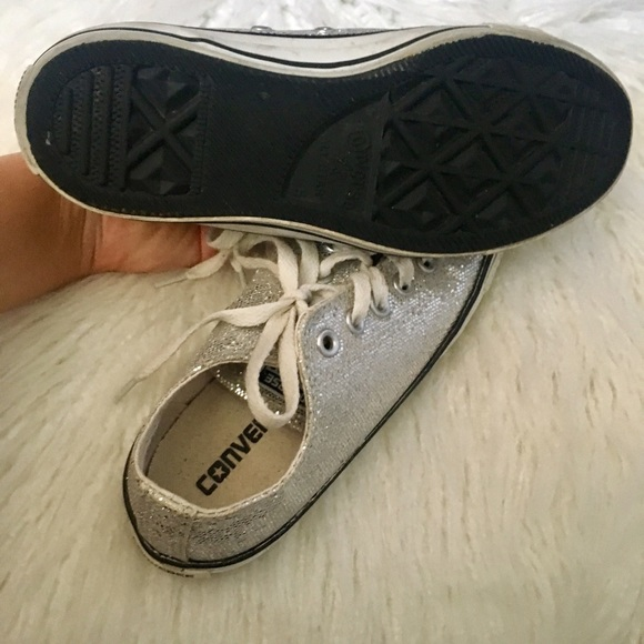 38 off converse shoes sparkly silver converse fit like