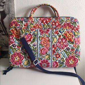 ~SALE~ Vera Bradley Laptop Case Bag in HopeGarden