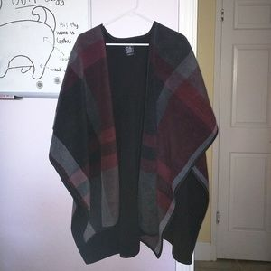 Ike Behar Sweaters - Armless Plaid Cardigan