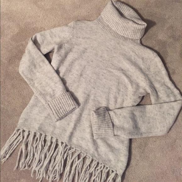 Fringe Hem Turtleneck Sweater