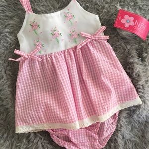 NSI Girls Other - 🆕Adorable Gingham Dress Set