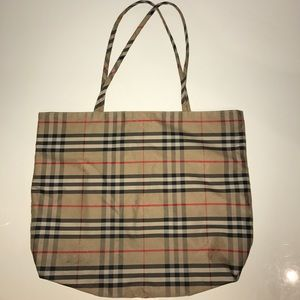 Burberry Large Vintage Tote