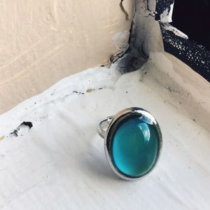 Urban Outfitters Jewelry - 90's Mood Ring