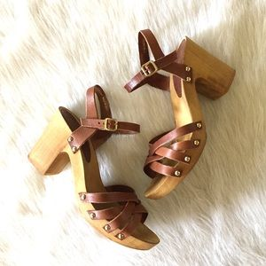 bba1196c1024 Topshop Shoes - TOPSHOP chunky heel Nancy leather sandals