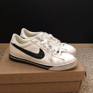 Nike Other - Nike BRS Low Top Sneakers size 10.5