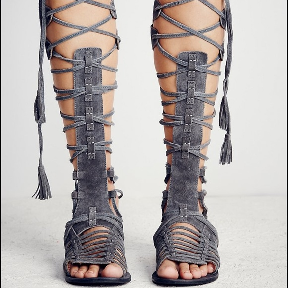 de1e814a2bf free people Shoes - Free people sz36 6 Gray SunSeeker Gladiator Sandal