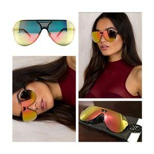 Quay Australia Accessories - NEW QUAY AUSTRALIA SHOWTIME Sunglasses