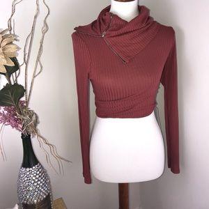 A+ Ellen Tops - NWT Clothes envy crop with zipper neck