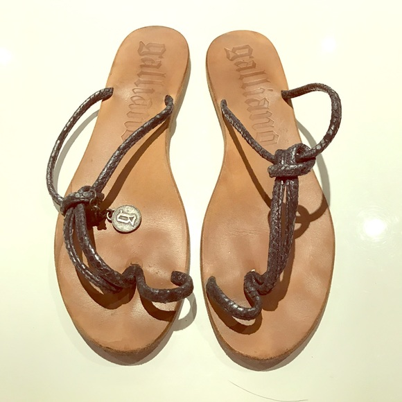 Galliano Shoes - Galliano Leather Flip Flops
