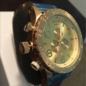Nixon Other - All gold tone Nixon chronograph 51-30