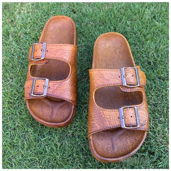 7122a3b6c642 Pali Hawaii Buckle Jandals Size 13 See Size Chart