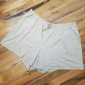 White Stag Pants - 🚨White Stage XXL Khaki Cotton Drawstring Shorts
