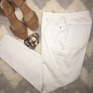 Blue Spice Pants - ✨NEW LISTING- white skinny pants✨