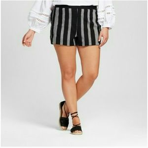 WHO WHAT WEAR Pants - nwt / shorts