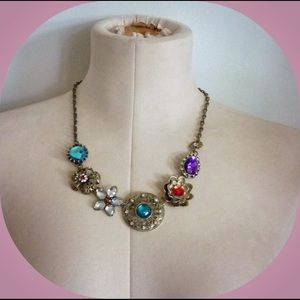 Jewelry - Floral Rhinestone Statement Choker / Necklace -NEW
