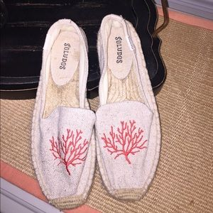 Soludos Shoes - Soludos Embroidered Slip On Size 5