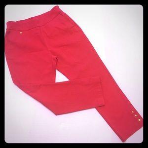 Attyre Pants - Attyre New York Pull-On Button Cutout Capris