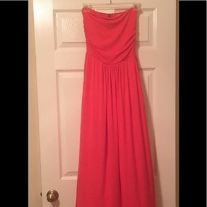 Rags and Couture Dresses & Skirts - Strapless Maxi Tube Maternity Dress with Pockets