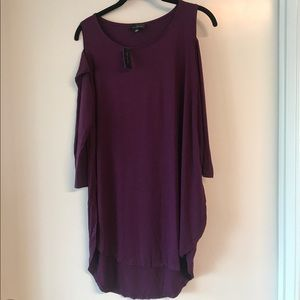 The Limited Tops - Limited cold should purple tunic. Size L.