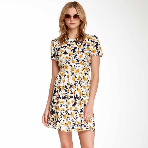 Sugarhill Dresses & Skirts - Sugarhill Daisy Sunflower Dress 🌻