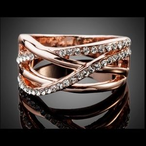 Anthropologie Jewelry - Double twist of Fate rose gold crystal ring