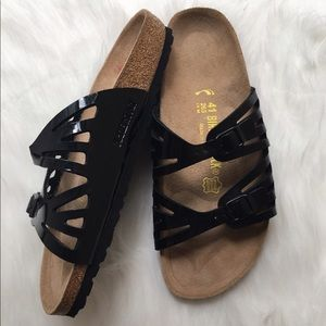 Birkenstock Shoes - 🆕Birkenstock   Black Patent Sandal
