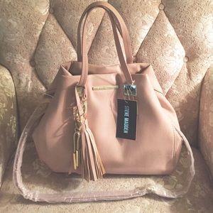 Steve Madden Handbags - 💕BrandNew Steven Madden Convertible hobo bag💕