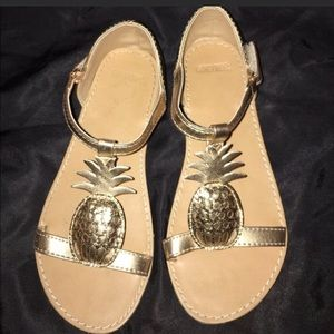 Gymboree Other - Golden pineapple 🍍 sandals!