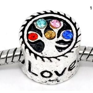 Jewelry - Rhinestone family live tree spacer charm