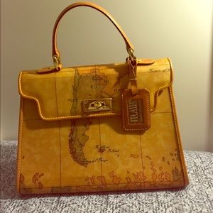 Alviero Martini Handbags - Alviero Martini Classic Geo Print Handbag