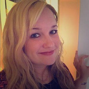 Meet your posher - Natalie