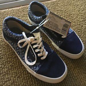 Shoes - Vans Unisex Old Skool W6.5 M5