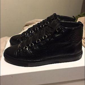 A3 Design Shoes - Balenciaga Black