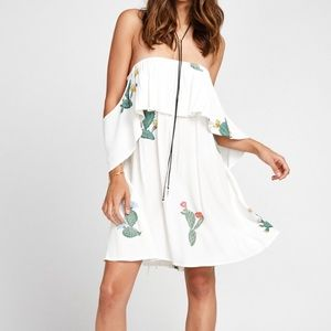 Wildfox Dresses & Skirts - Wildfox Cactus Flower Ruffle Dress 🌵