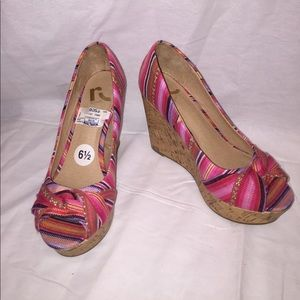 """Report Shoes - Open Toe """"Murphy"""" REPORT Wedges Size 6.5 Like New"""