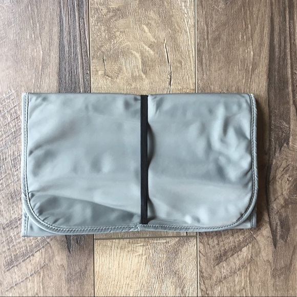 71 off marc jacobs handbags grey nylon marc jacobs diaper bag w changing pad from maureen 39 s. Black Bedroom Furniture Sets. Home Design Ideas