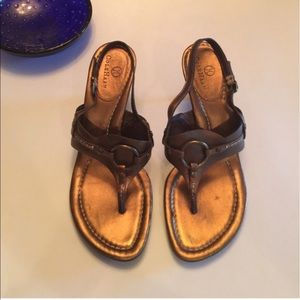 Cole Haan metallic Nike air sandals -size 7
