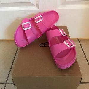 Birkenstock Shoes - Birkenstock lightweight pink sandals size 9 EUC