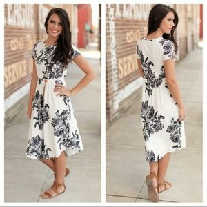 Infinity Raine Dresses & Skirts - *1 left*Soft ivory and charcoal floral midi dress