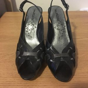 Matisse Shoes - Matisse black and gray heels size 6