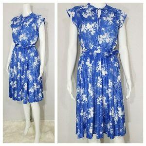 PREVIEW Vintage 70's Secretary Dress