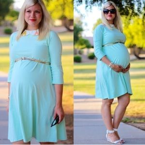 Dresses & Skirts - Mint maternity dress. Size large no tags
