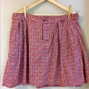 GAP Pleated Front Floral Skirt Size 12 EUC