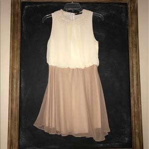 Dresses & Skirts - Adorable dress from London