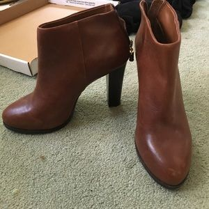 Never worn BR boots