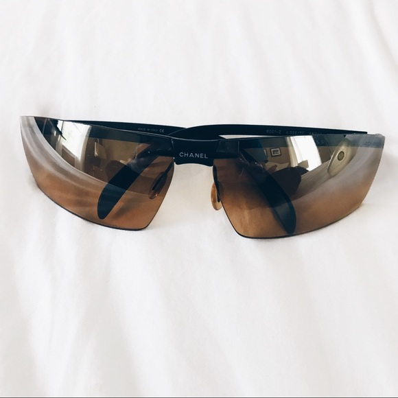 d202263aaa51 CHANEL Accessories - Vintage CHANEL Ski Sunglasses