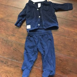 Carter's Other - Blue gender neutral baby outfit