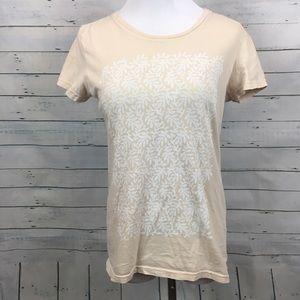 Patagonia organic cotton shirt sleeve floral tee