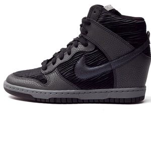 Nike Women's Dunk Sky Hi Sneaker Wedge